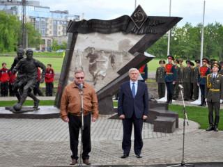 Открытие памятника футболистам блокадного Ленинграда 31 мая 2012