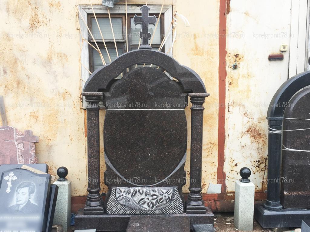 Изготовление надгробного памятника из гранита с аркой